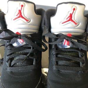 Jordan 5 Retro 440888-010 GS Size 7Y Euro 40